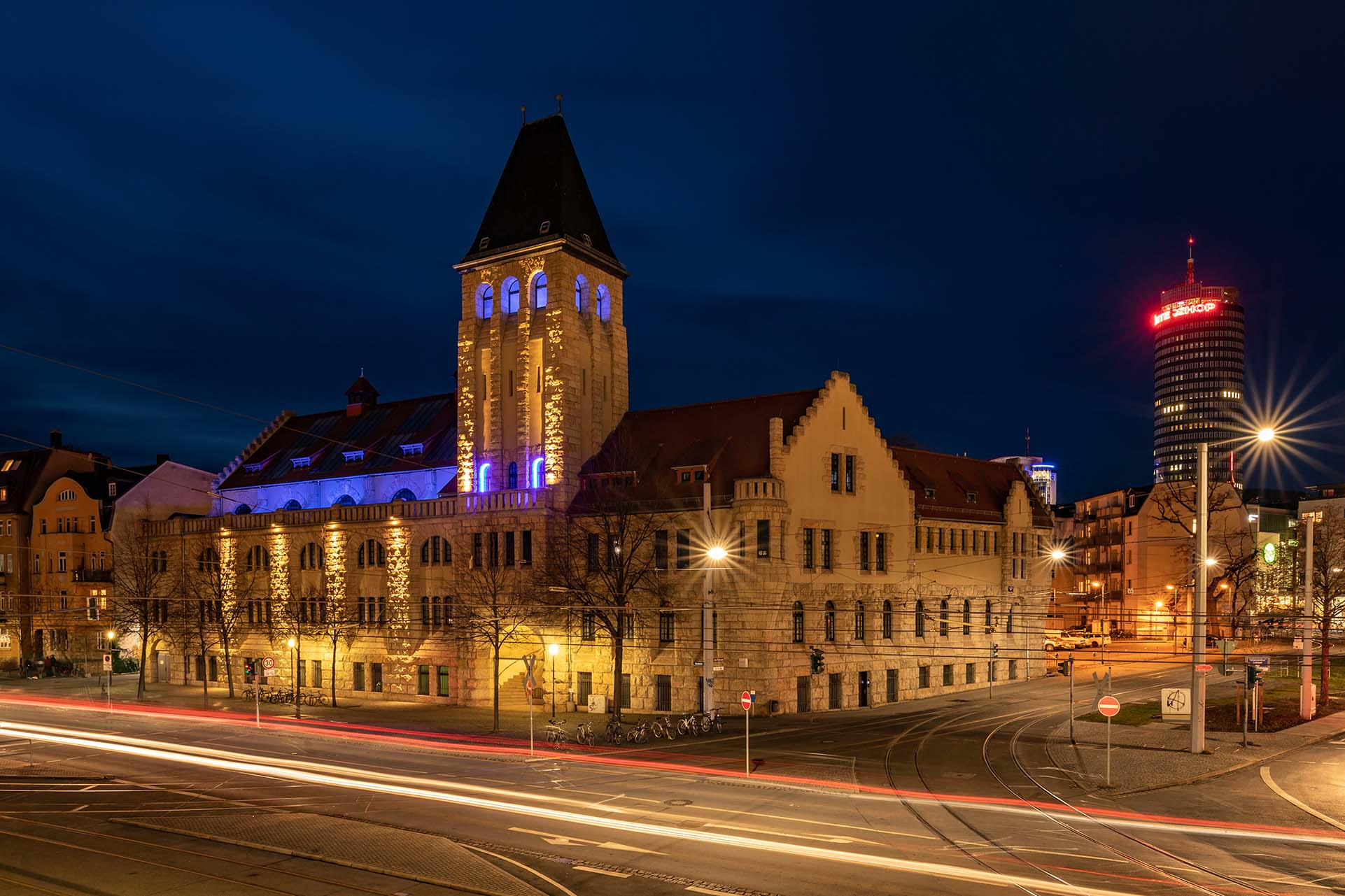 Volksbad Jena bei Nacht
