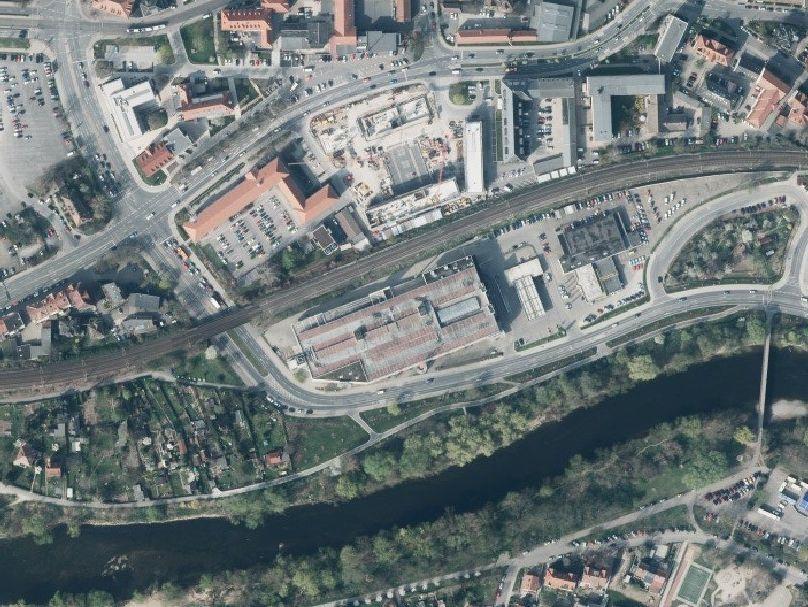 Luftbild der Wiesenstraße und Angerkreuzung