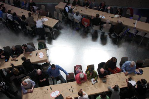 Blick auf die Teilnehmer_Innen der Auftatveranstaltung, Auftaktveranstaltung Leitlinien für die Bürgerbeteiligung, © ORBIT