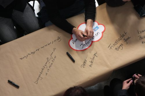 Blick auf die Teilnehmer_Innen der Auftaktveranstaltung, Auftaktveranstaltung Leitlinien für die Bürgerbeteiligung, © ORBIT