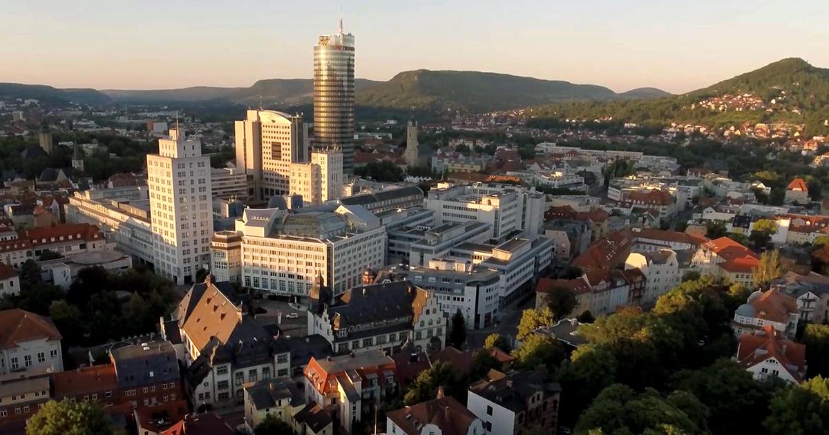 Blick auf das Volkshaus Jena