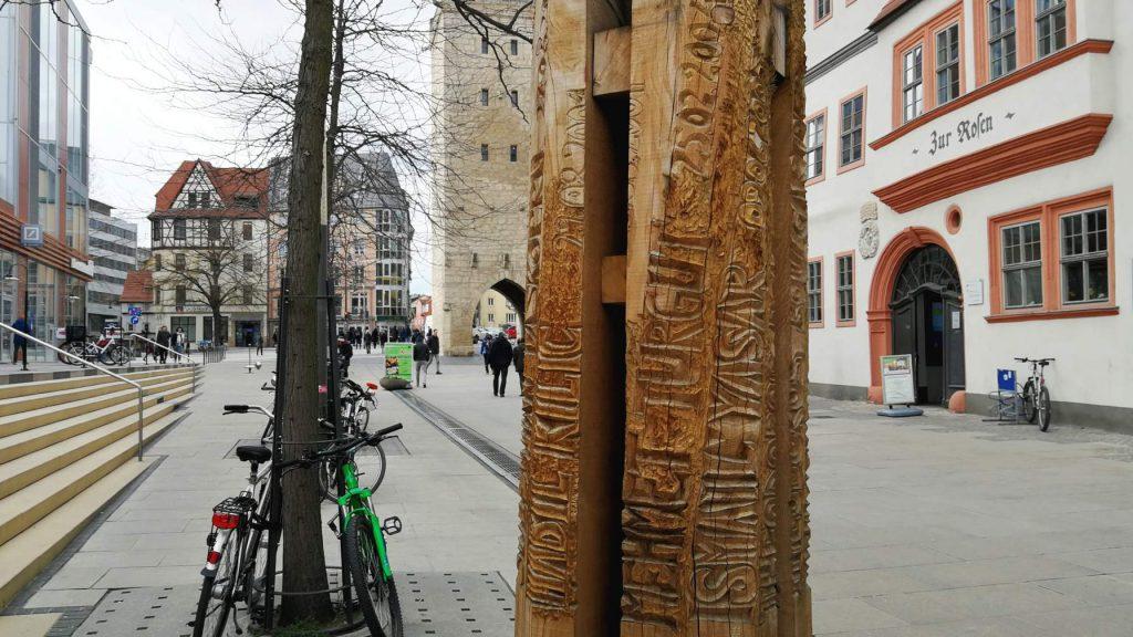 NSU-Mahnmal mit den Namen und Todesdaten der Opfer vor der JG Stadtmitte in der Johannisstraße Jena