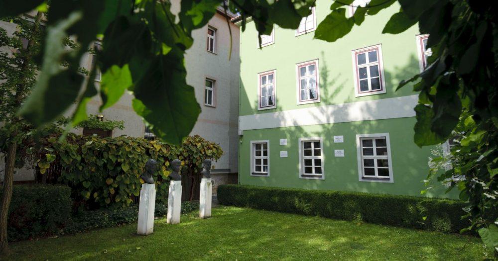 Garten des Romantikerhauses Jena