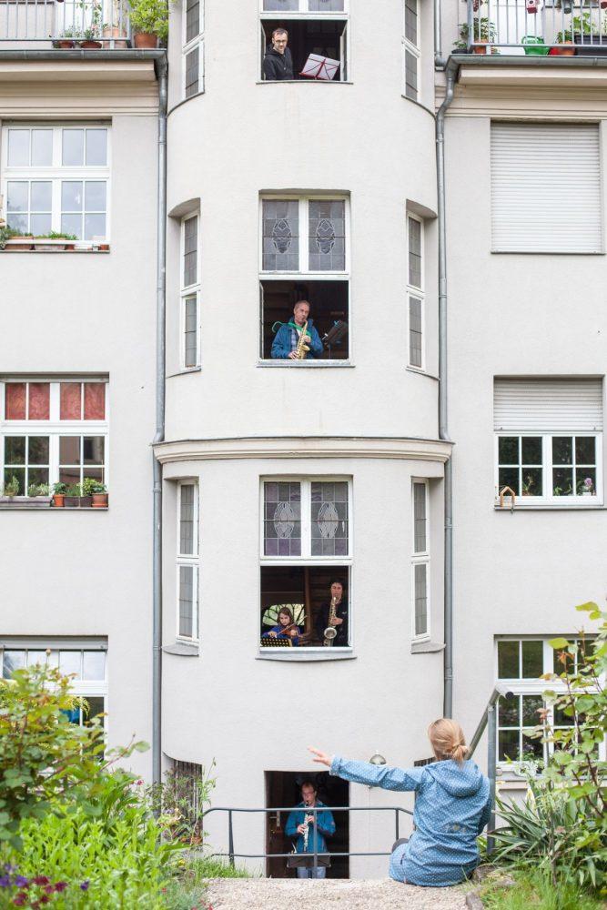 Im Haus von MKS-Pädagoge Klaus Wegener spielten sonntags auf jeder Etage Nachbarn