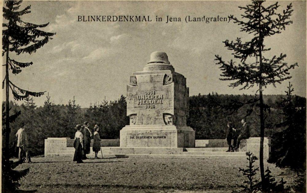 Postkarte zum Blinkerdenkmal mit historischer Fotoaufnahme aus dem Jahr 1922