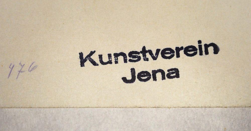 """Stempel mit dem Aufdruck """"Kunstverein Jena"""" und der handschriftlichen Inventarnummer 476 auf Papier"""