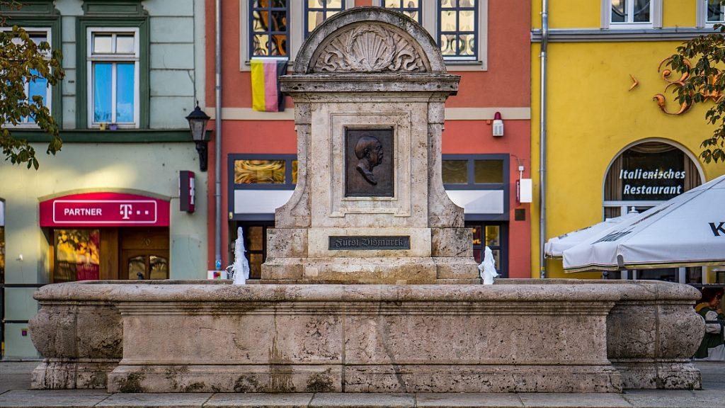 Bismarckbrunnen auf dem Jenaer Marktplatz