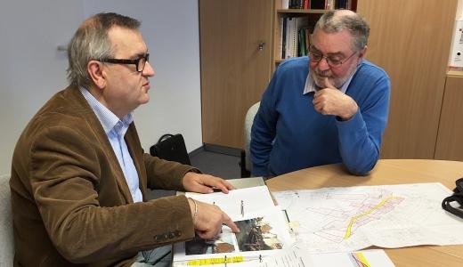 Gespraech mit Herrn Sauer und Herrn Maes von der BI Pennickental - Foto © Stadt Jena KSJ 520x300
