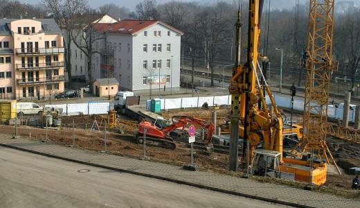 Neubau von Gebaeunden und Neubau von Strassen - Symbolfoto © Stadt Jena KSJ Streng