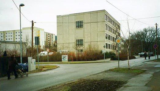 Die Ammerbacher Straße in Winzerla 1992 - Foto © Stadt Jena KSJ