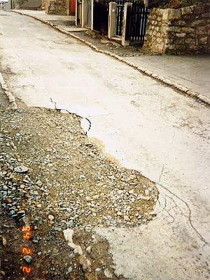 Die Carl-von-Bruegger-Straße Anfang 1994 - Foto © Stadt Jena KSJ